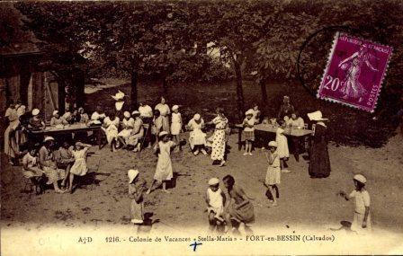 port-en-bessin-090a dans cartes postales anciennes
